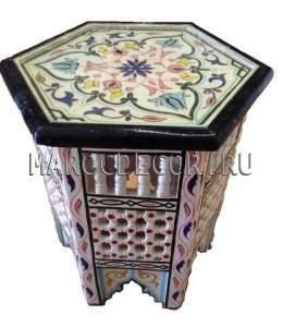 Столик с резьбой и росписью в восточном стиле арт.Tb-214