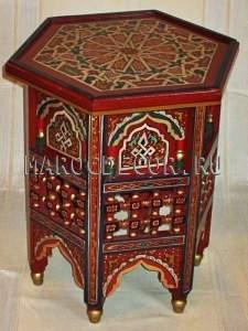 Восточный столик с резьбой и росписью артTB-223