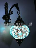 настенный светильник с мозаичным плафоном в голубом цвете